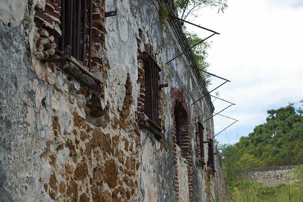 Ruinen in Wero, Isle of Pines - Neukaledonien