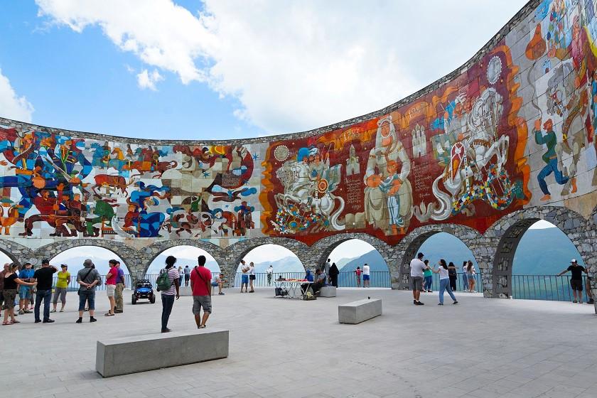 Denkmal der Freundschaft zwischen Russland und Georgien