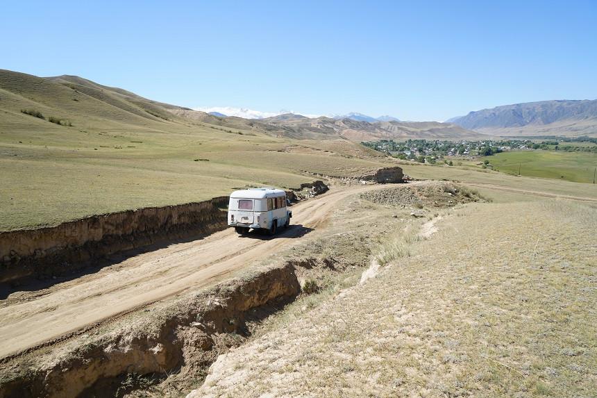 Schotterpiste in Kasachstan