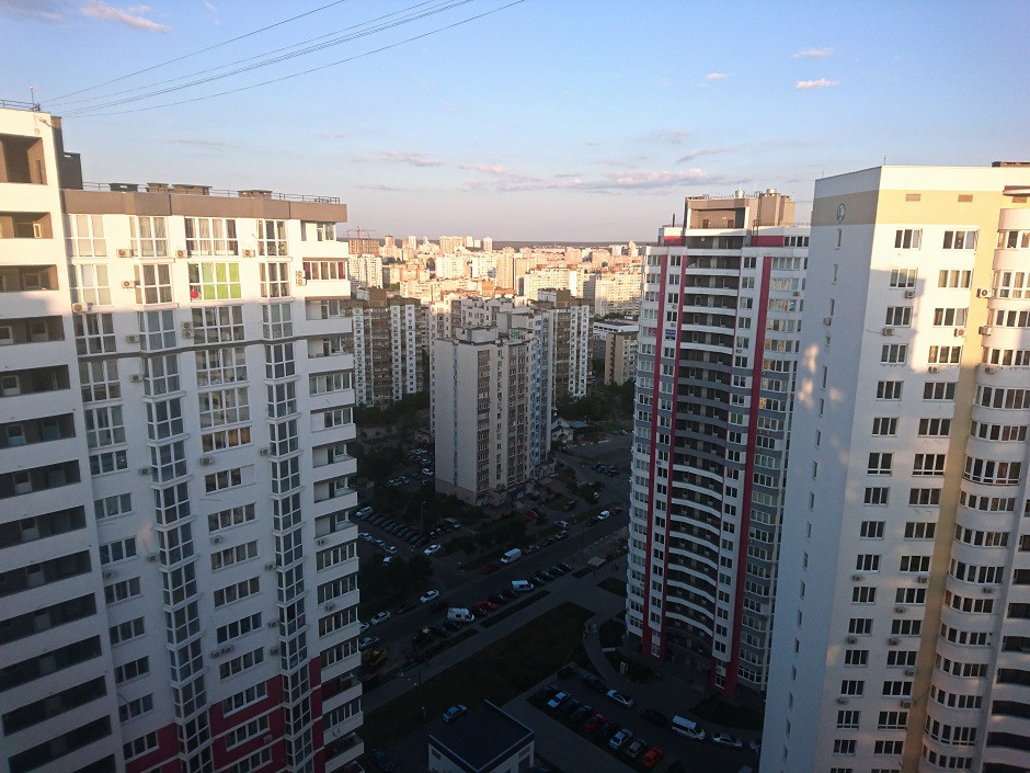 Wohnblock in Kiev. Unsere Couchsurfing-Nachbarschaft