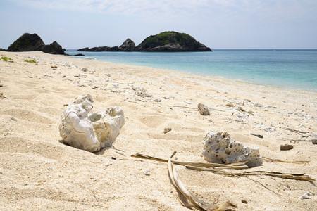 Einsamer Strand auf Akajima