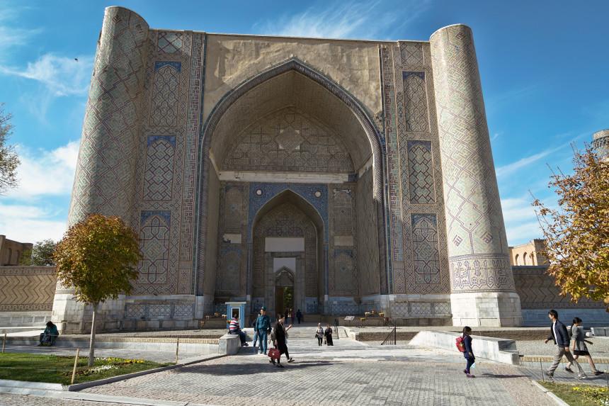 Eingangsbereich der Bibi Khanym Moschee