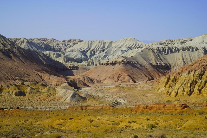 Bunte Aktau Berge im Altyn Emel Nationalpark