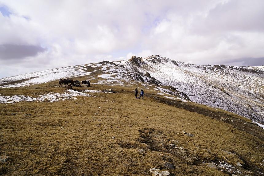 3500 Meter hoher Pass mit Schnee