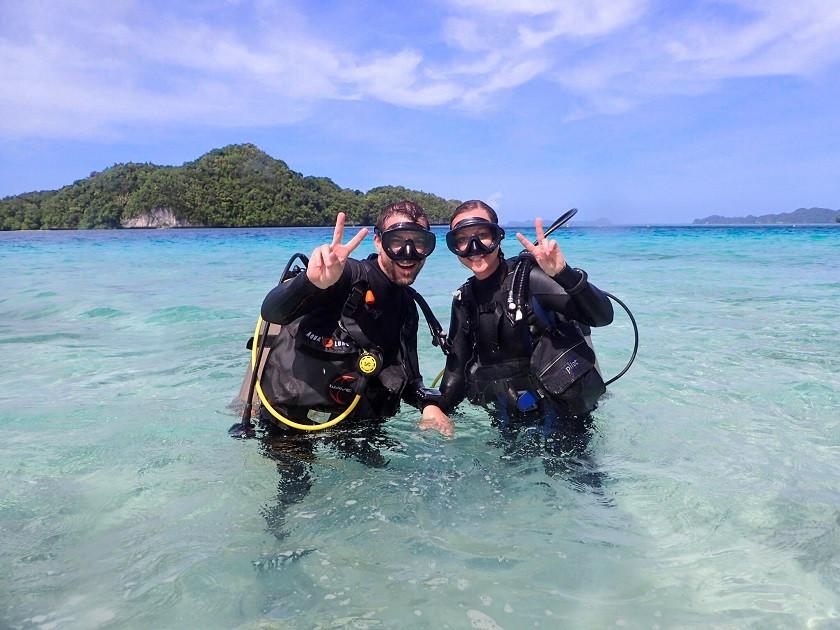 Kati und Hermann beim Tauchen auf Palau