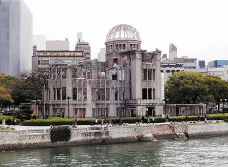 Hiroshima Friedenspark: Papierkraniche und bedrückende Stille