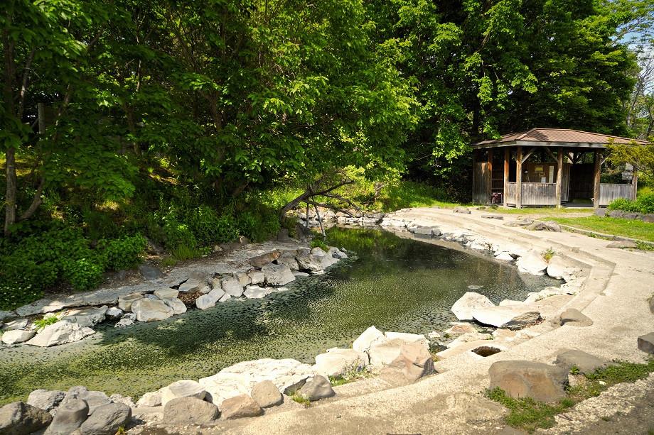 Outdoor Onsen auf Hokkaido