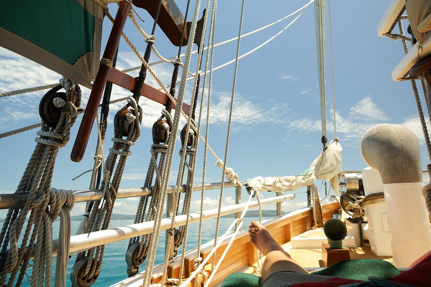 Entspannen auf dem Deck der Ise Pearl - Whitsundays