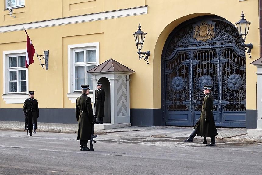 Wachen in Riga