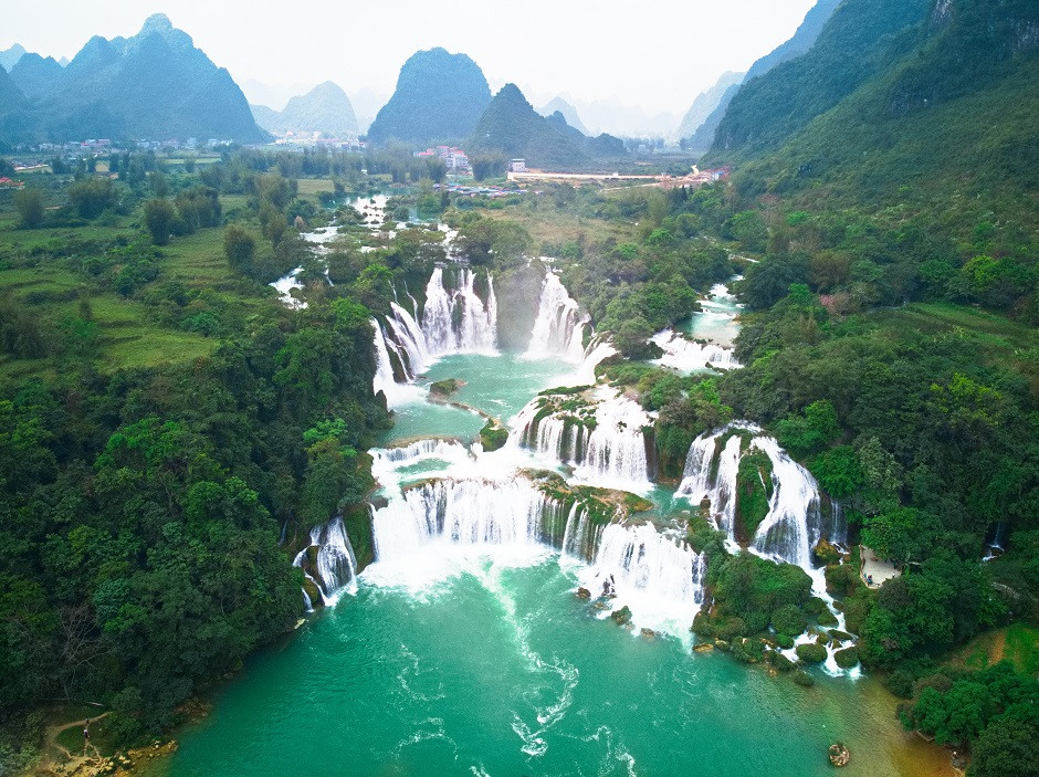 Ban Gioc Wasserfall von oben