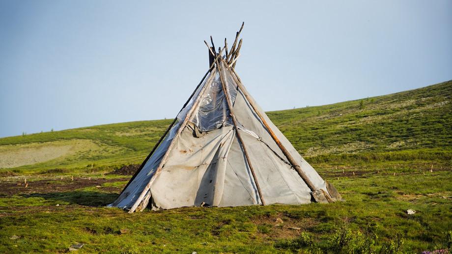 Traditionelles Tipi der Tsaatan Nomaden