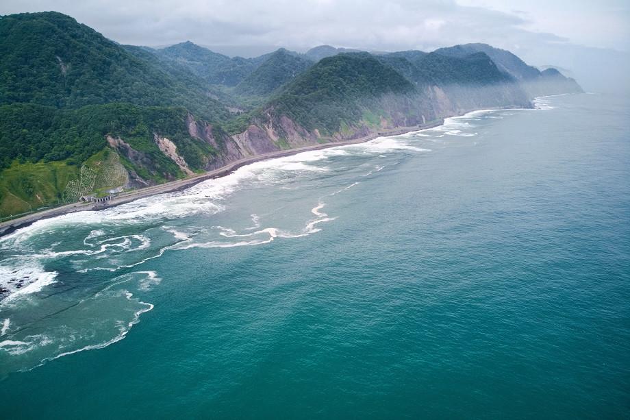 Blick auf die Küste im Shiretoko Nationalpark
