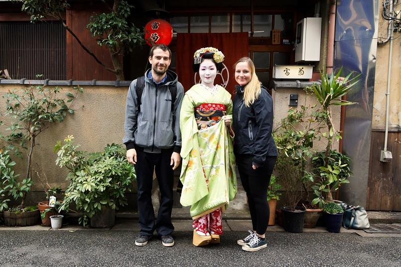 Wir mit einer Maiko in Kyoto
