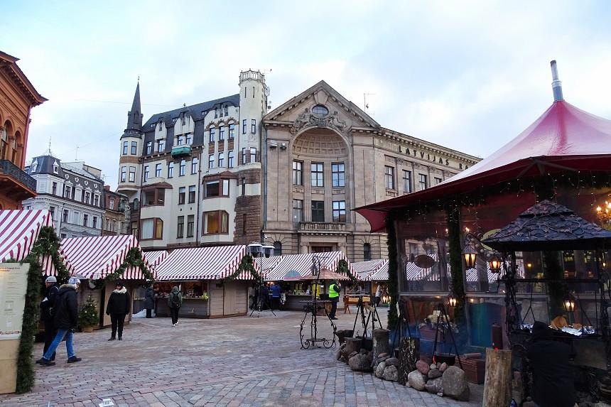 Weihnachtsmarkt in der Altstadt Rigas