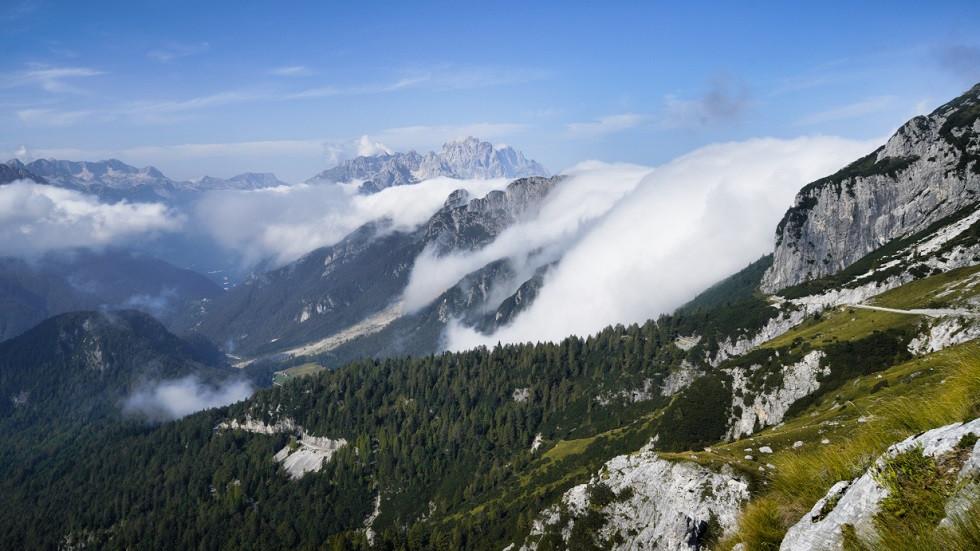 Malerische Aussichten auf die Julischen Alpen