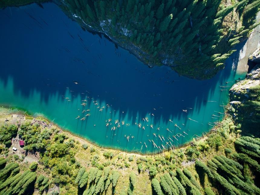 Kaindy See von oben - Kasachstan
