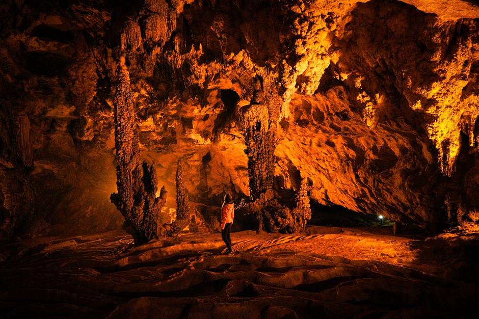 Nguom Ngao Höhle