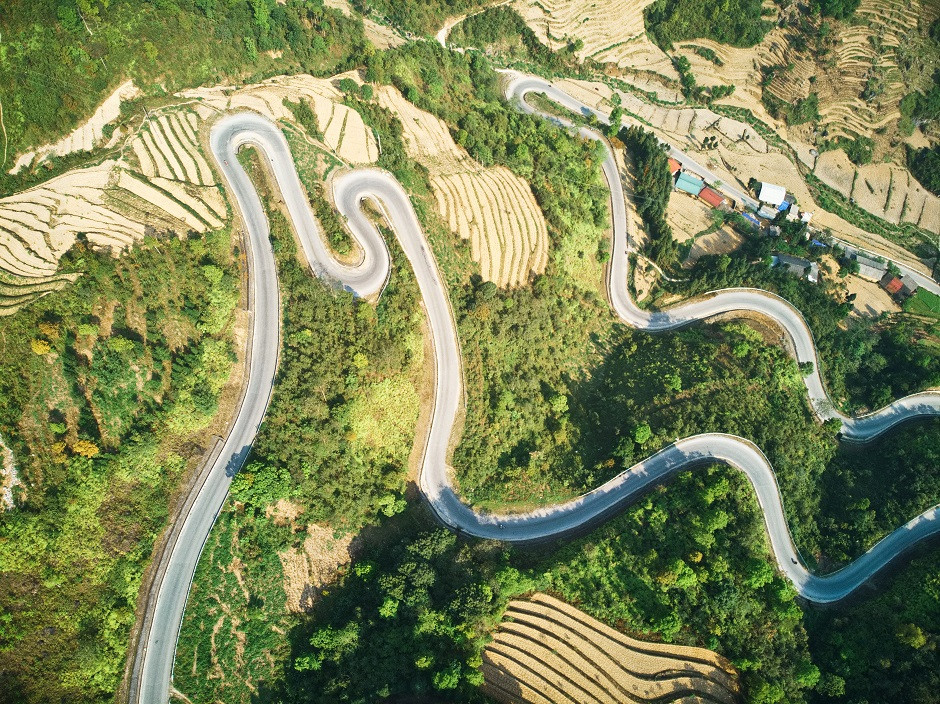 Serpentinen am Ha Giang Loop von oben