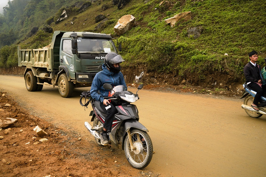 Hermann auf dem Motorrad in Vietnam