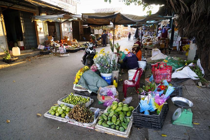 Marktalltag auf Vietnams Strassen