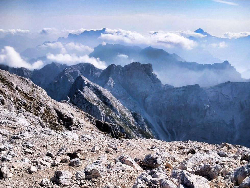 Ausblick vom Gipfel des Mangart