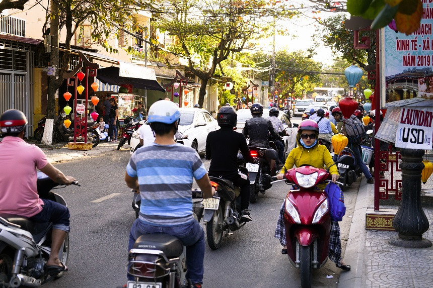 Strassenverkehr in Hoi An
