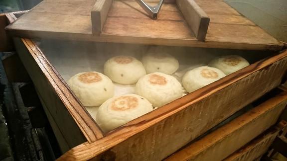 Okayi - Gedämpfte Teigtaschen in Japan