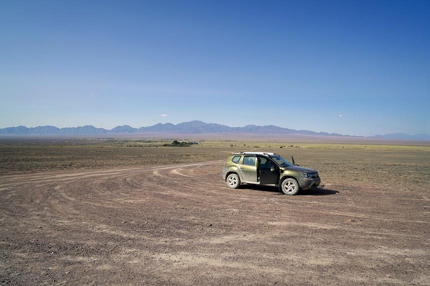 Mietauto im Altyn Emel nationalpark - Kasachstan