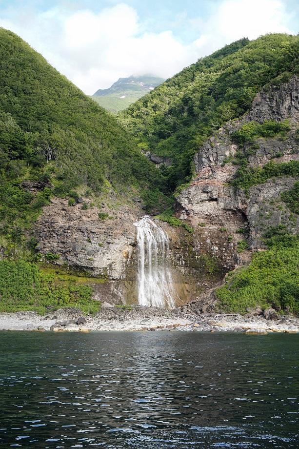 Wasserfall im Shiretoko Nationalpark