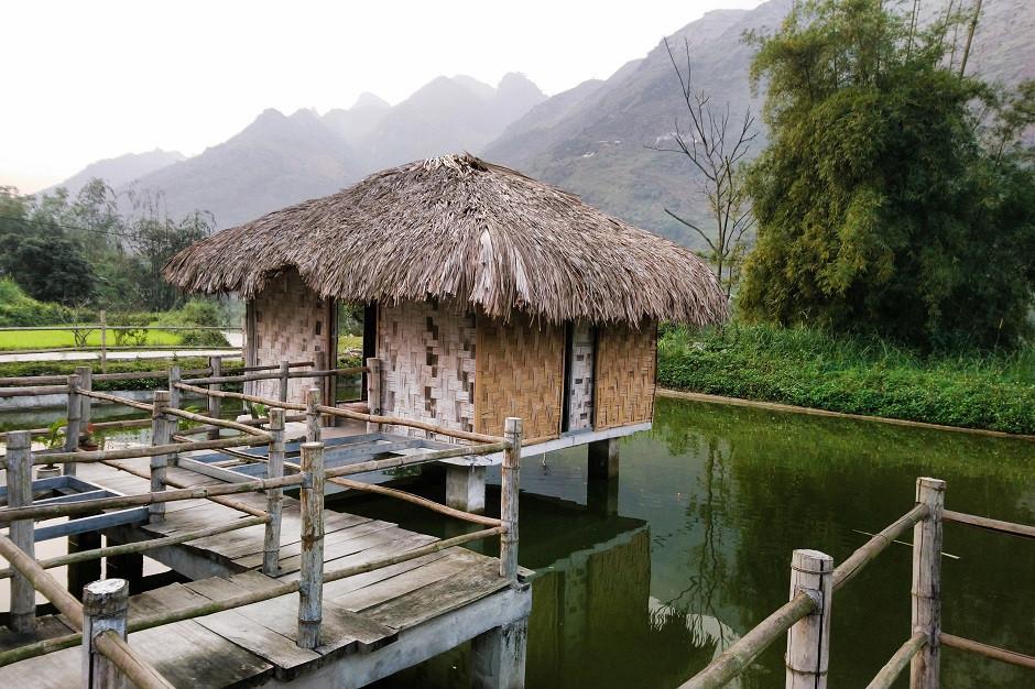 Wasserbungalow in Du Gia