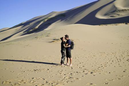 Kati und Hermann in der Gobi Wüste