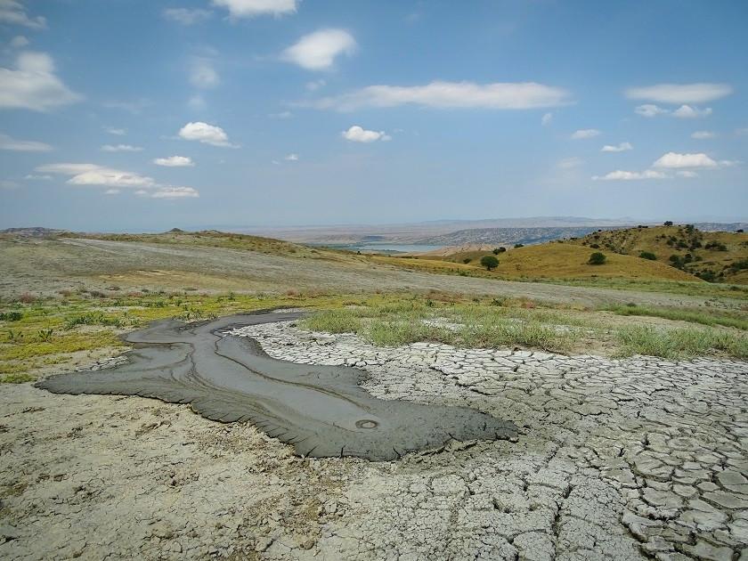 Schlammvulkane in Takhti Tepa