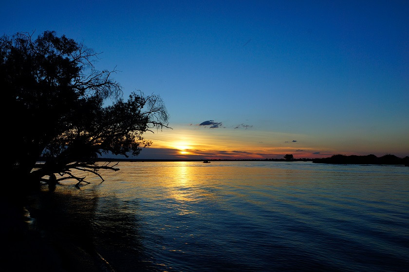 Sonnenuntergang am Chobe River - Botswana
