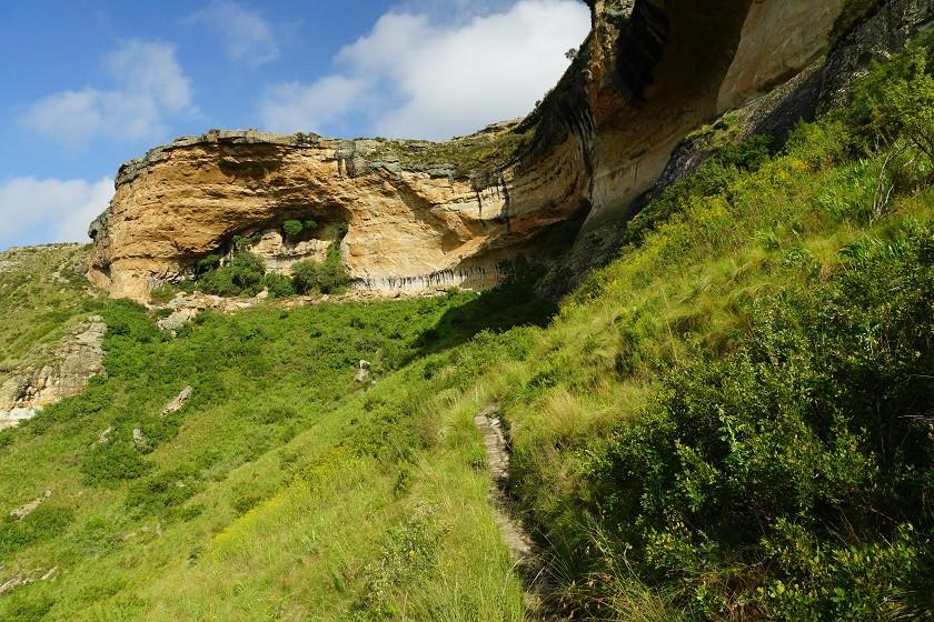 Auf dem Weg zum Brandweg Buttress - Drakensberge