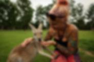 Kati mit Kangaroo.JPG