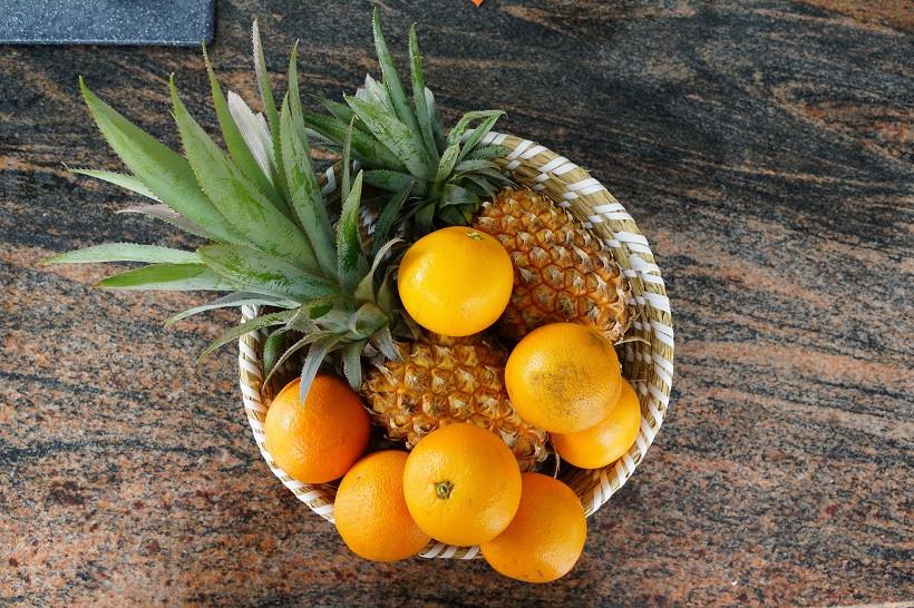Frisches, reifes Obst direkt vom Straßenstand - Mauritius