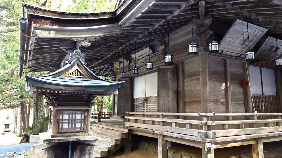 Holztempel in Koya-San