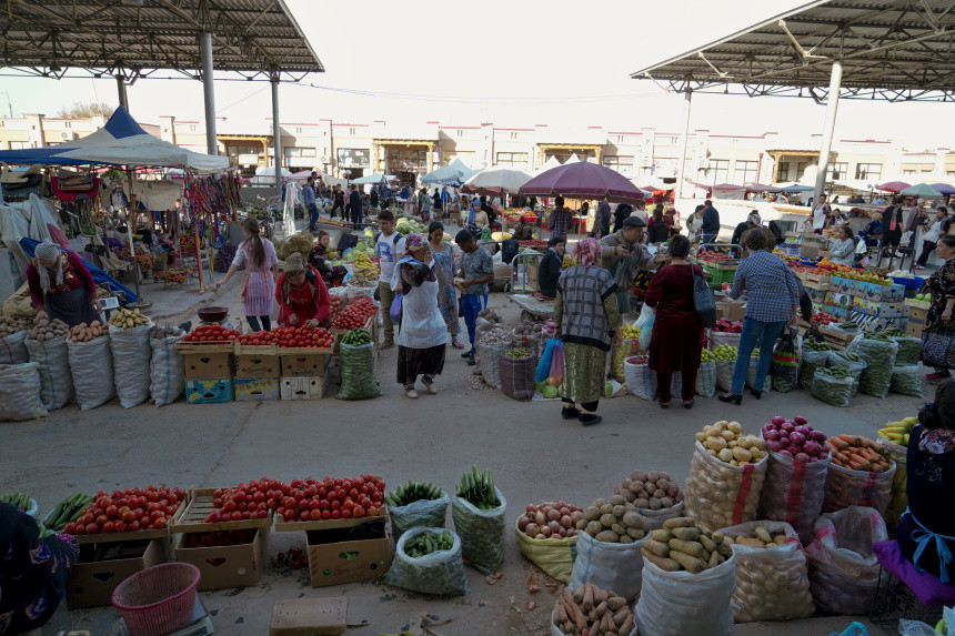 Frisches Gemüse auf dem Siyob Basar