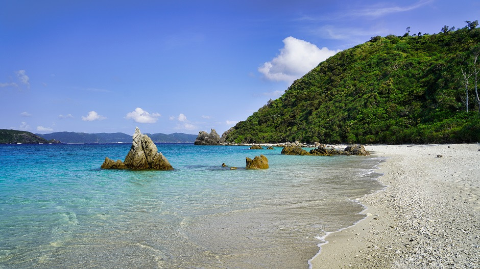 Nishibama Strand - Aka Island