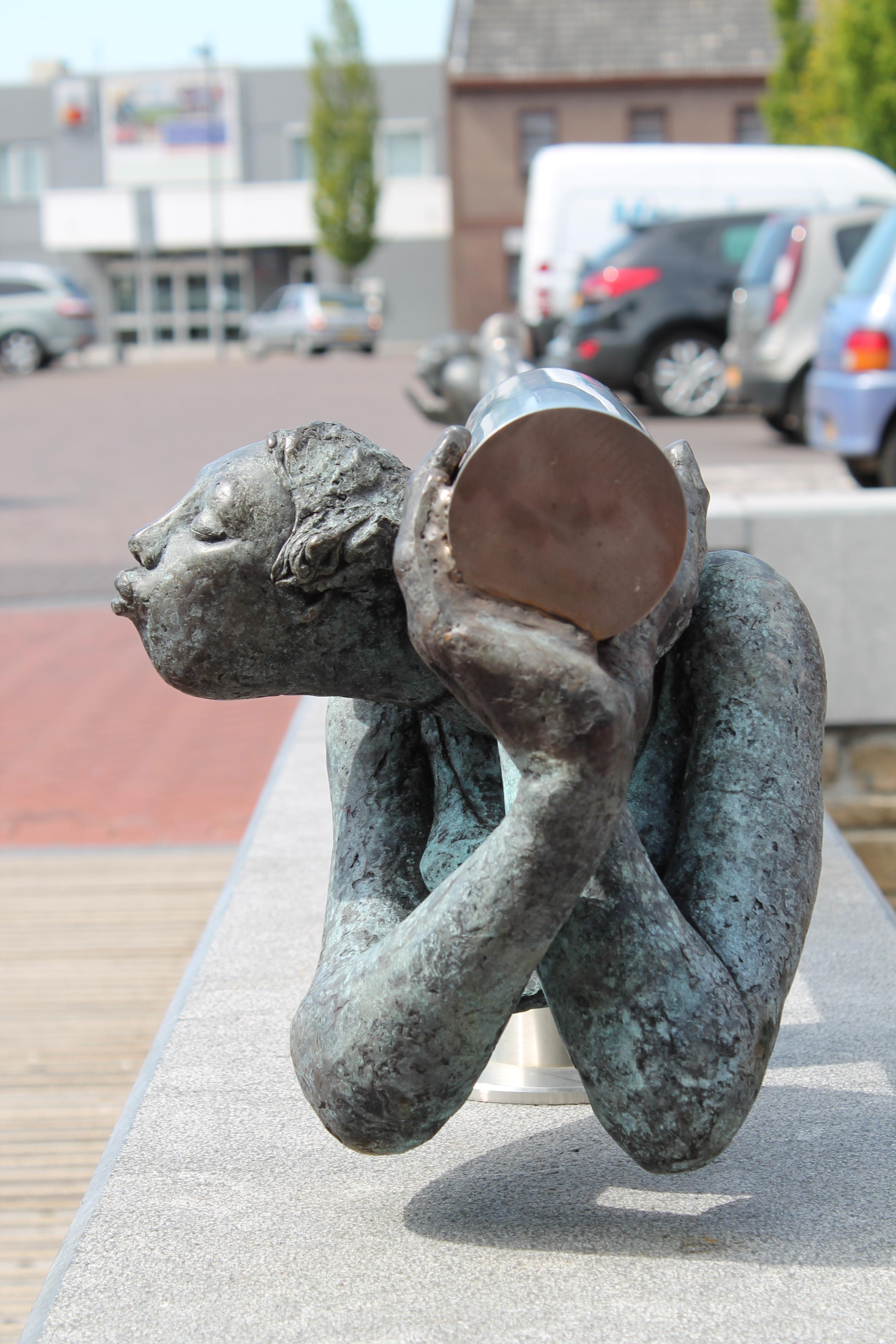 brugbeeld meisje- Schinveld