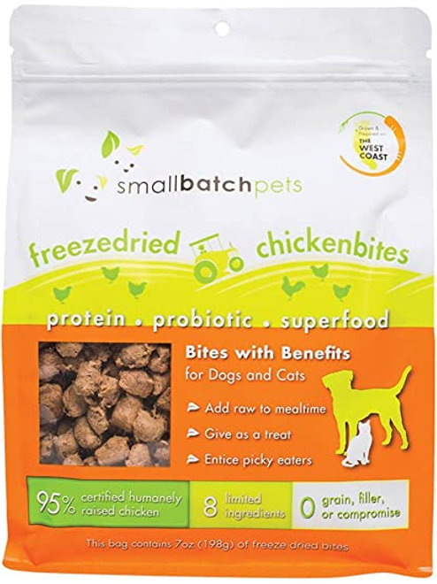 Small Batch Pets Freeze Dried Chicken Bites Meal Topper or Treat for Dogs & Cats