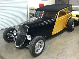 Jason Wolfswinkel's '33 Ford Woodie (86)