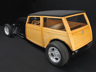 Jason Wolfswinkel's '33 Ford Woodie (1).