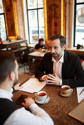 business-meeting-in-luxury-restaurant-SX