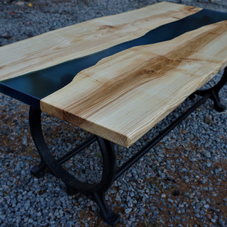 River table i Ask