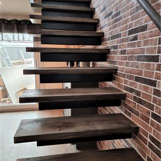 svävande trappa.jpg