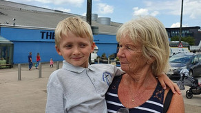 """(UK) Spinkhill: 6 y. o. with ADHD/""""autism pathway"""" excluded from field trip; grandmother intervened"""