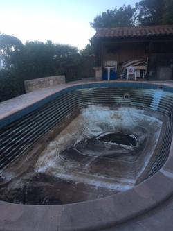 bassin avant rénovation