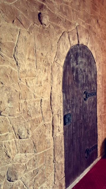 Décor porte médiéval