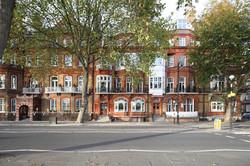 Chelsea embankment.jpg
